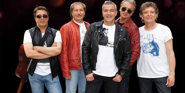 Hard Rock Cafe Bucuresti sarbatoreste 10 ani de la deschidere printr-un mega-concert Holograf