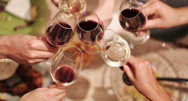 Care sunt vinurile preferate de români?