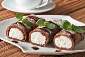 clatite cacao cu home made ricotta si vanilie