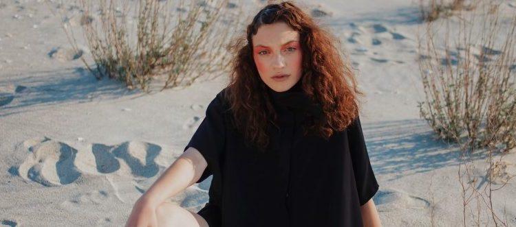 """Noul brand de modă OuiMehNon lansează """"Emotions"""""""