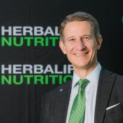 Herbalife Nutrition sărbătoreşte 10 ani de la deschiderea primului birou în România