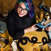 Lyria a lansat prima colecție de pantofi pictați