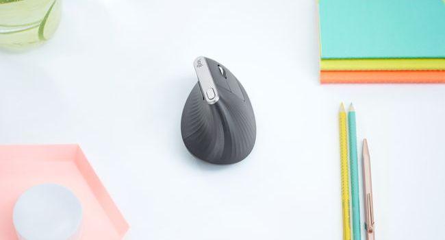 Logitech lansează MX Vertical, cel mai performant mouse ergonomic cu design vertical