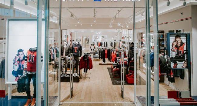 Tommy Hilfiger a redeschis magazinul din Băneasa Shopping City