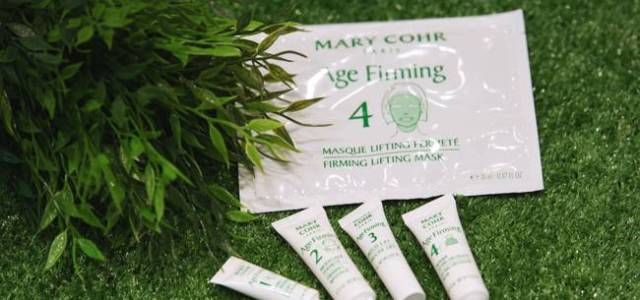 TOP LINE a lansat AGE FIRMING MARY COHR