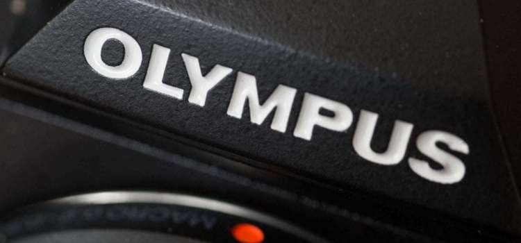 Olympus lansează o nouă cameră OM-D și obiective tele suplimentare