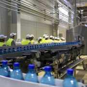 Coca-Cola a investit 11 milioane de euro în fabrica de apă din Poiana Negrii