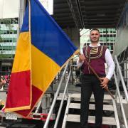 """Cântărețul aromân Stelian Arău a cântat la """"Festivalul Romania Day on Broadway"""" din NY"""