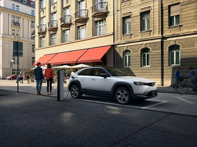 Mazda MX-30, primul model electric Mazda lansat la Tokyo!