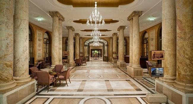 """Athénée Palace Hilton – """"Arhitectura"""" unui simbol al Micului Paris"""