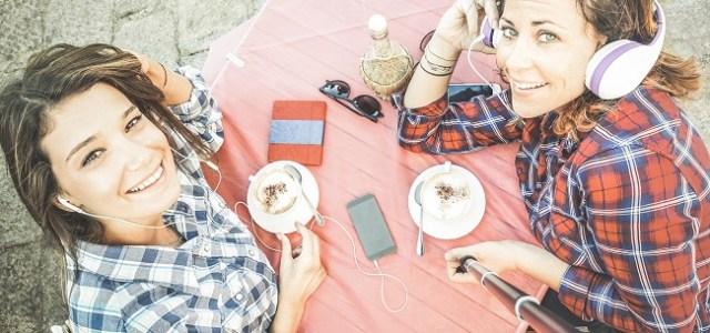 Aroma, aspectul vizual și modul în care este prezentată cafeaua oferă o gamă variată de experiențe senzoriale