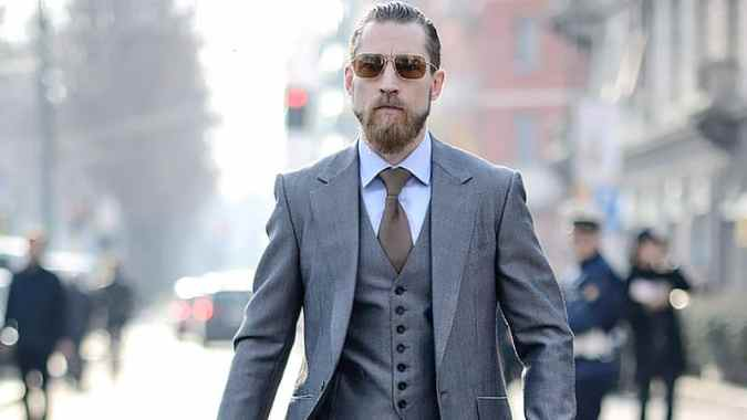 The Best Shirts to Wear with a Grey Suit   The Trend Spotter What Shirts to Wear with a Grey Suit