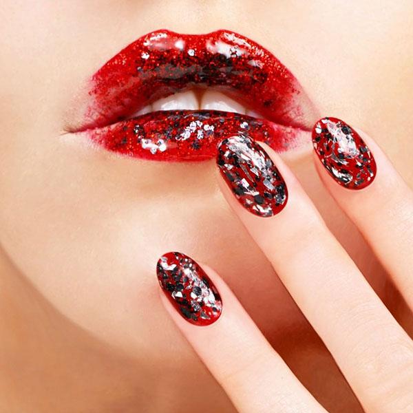 Festive Luxury Nails