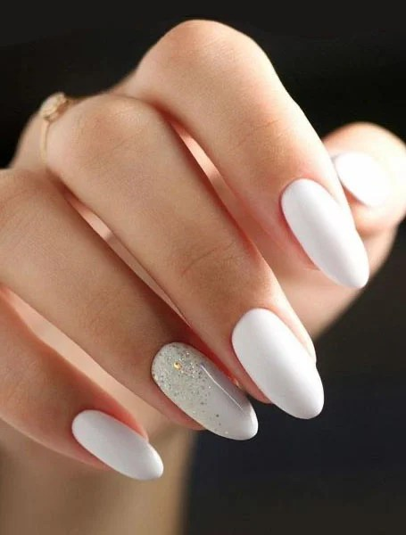 White With Glitter Nails
