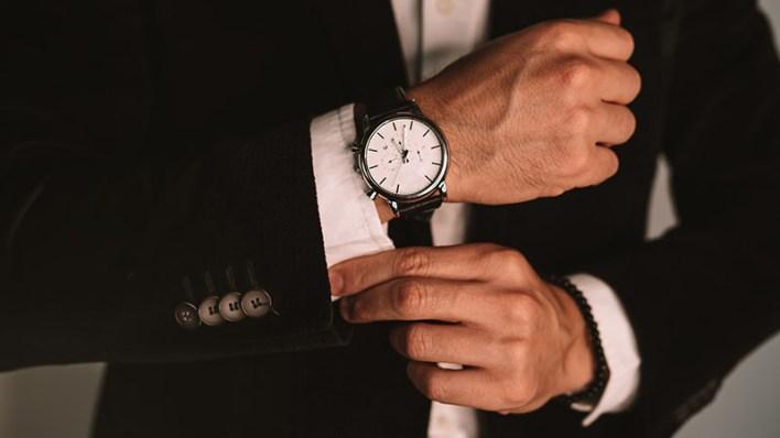 Wearing A Watch With A Dress Shirt