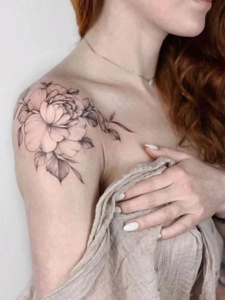 Sexy Shoulder Tattoo
