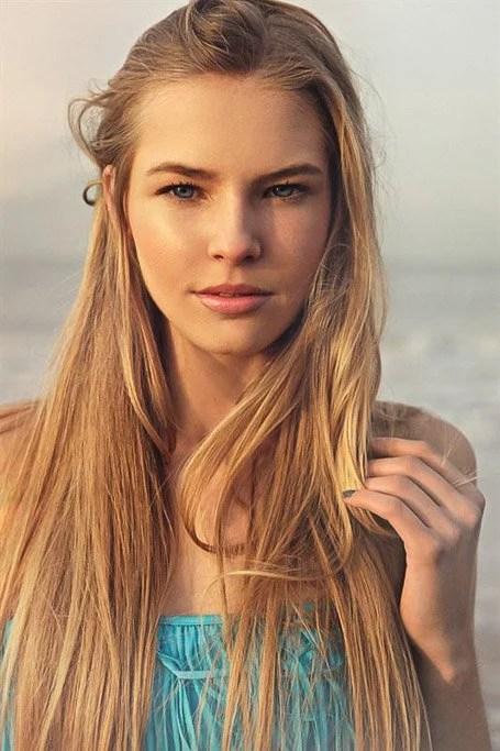Very Long Straight Strawberry Blonde Hair