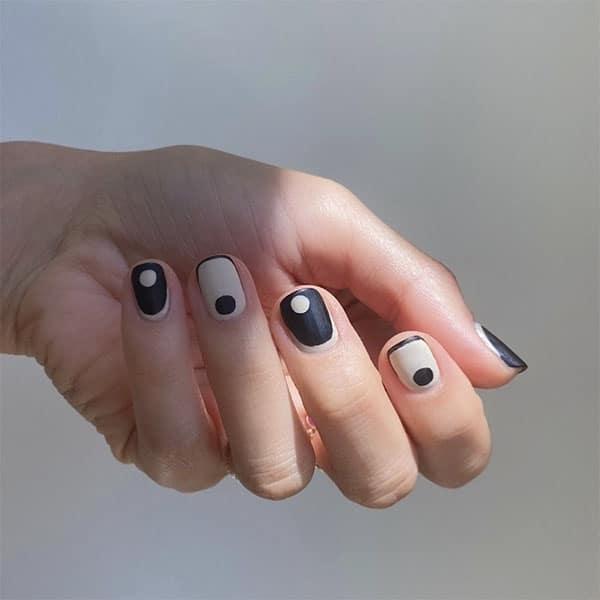 Black And White Design Pretty Nails Betina Goldstein