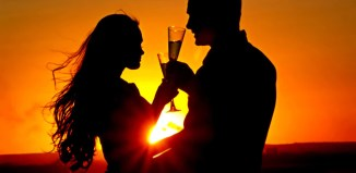 couple wine uses