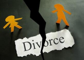 woman divorce marriage court