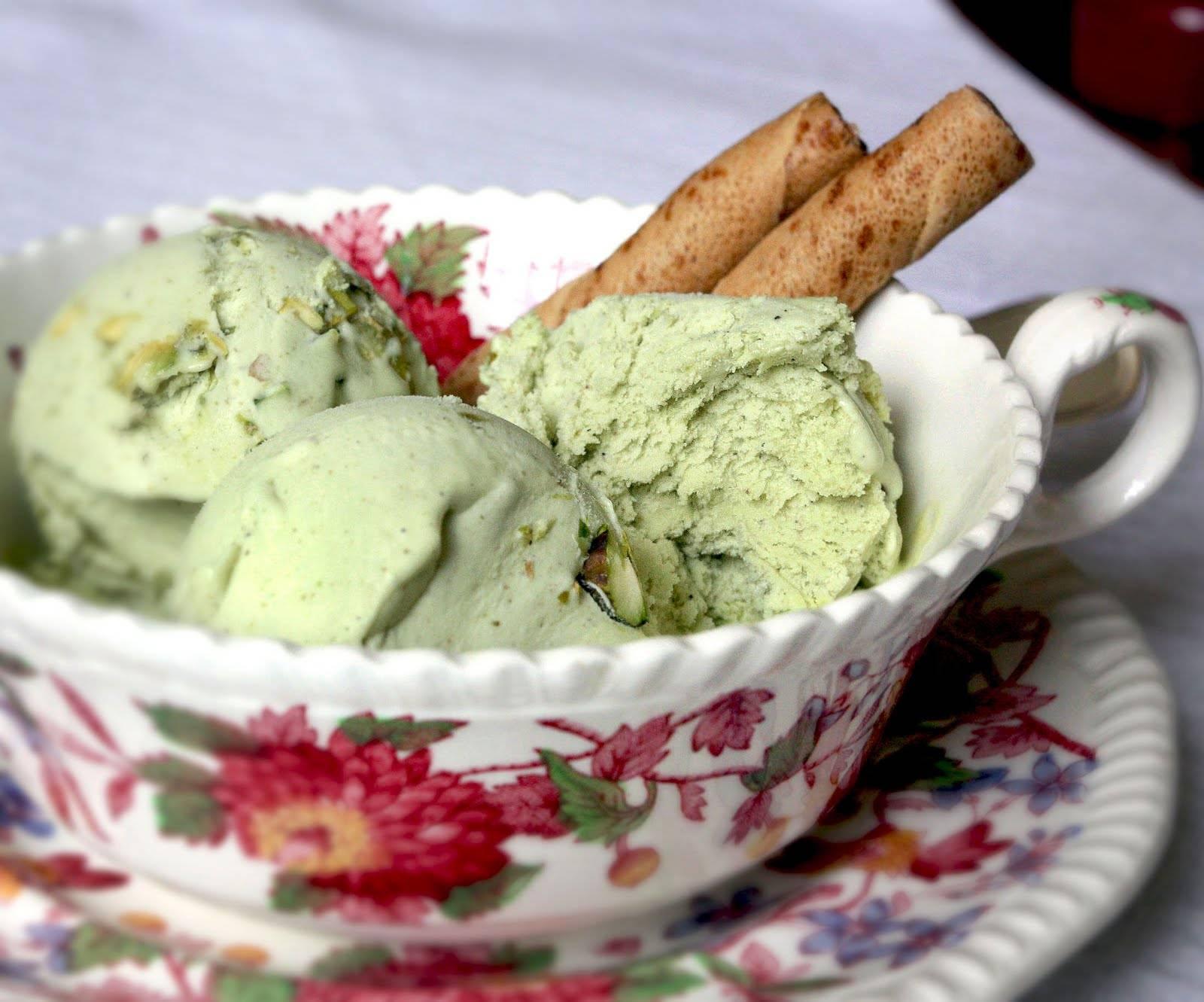 Amaretto Ice Cream Cake