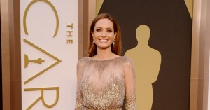 Angelina Jolie arrives the Red Carpet of the 2014 Oscars
