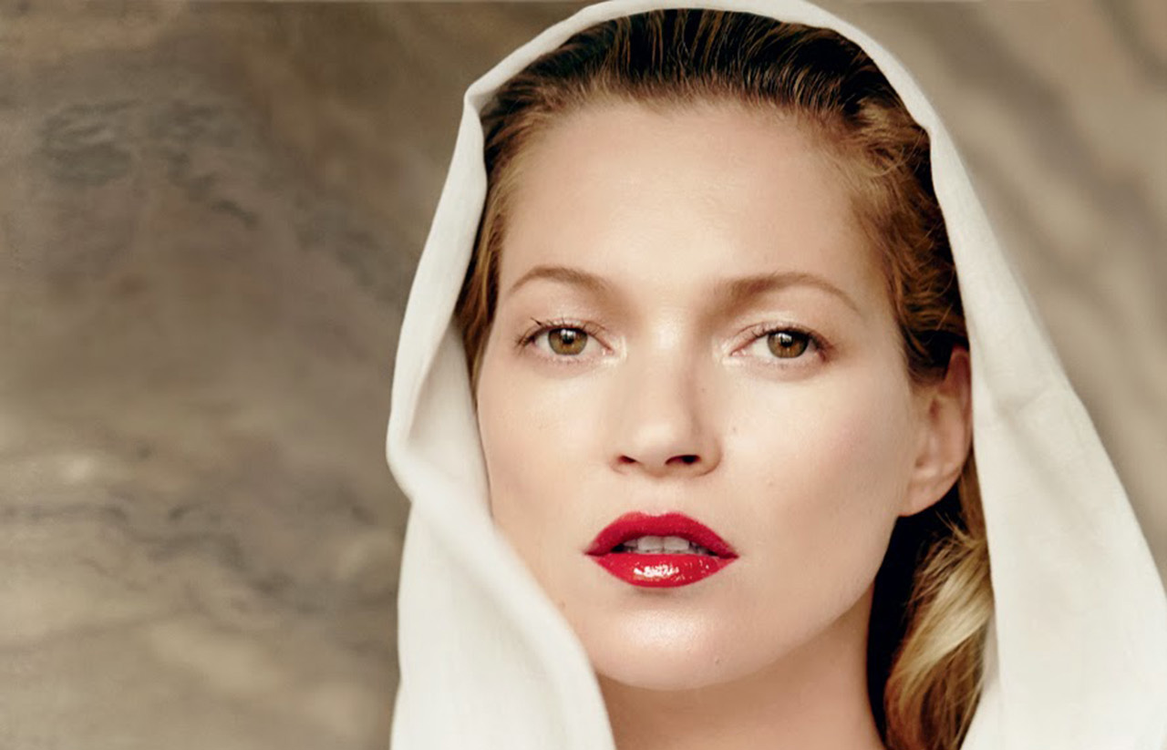 Watch Kate Moss Strips Down For Cheeky Magazine Cover video