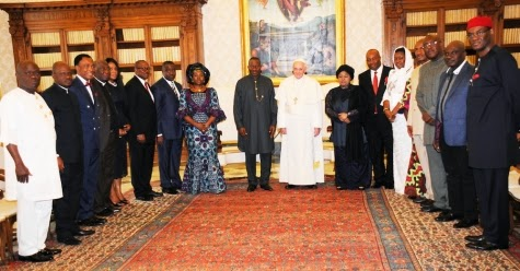 President Jonathan and entourage with Pope Francis