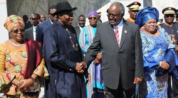 President Jonathan & President Pohamba, Dame Jonathan & Madam Pohamba in Windhoek yesterday.