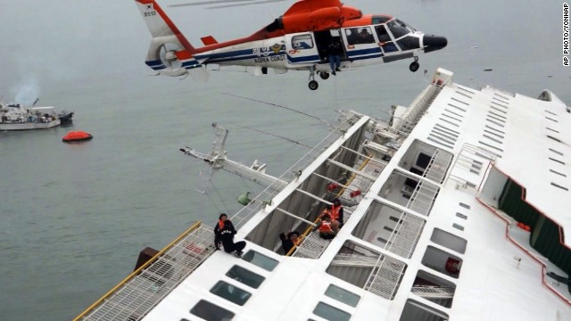 Helicopters lifted passengers off of the stricken vessel. (Photo: CNN)