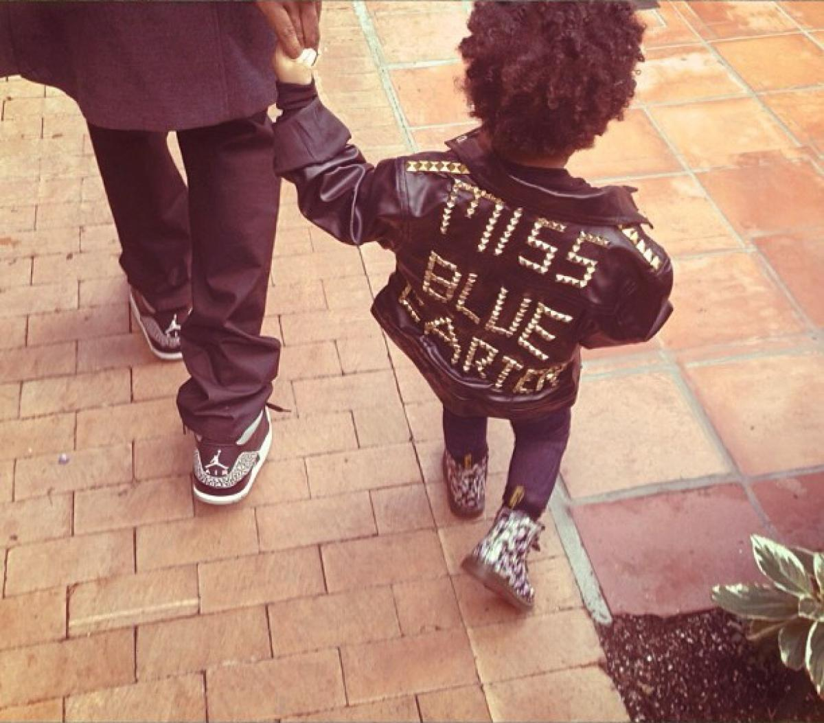 Photos Beyonce And Blue Ivy S Adorable Photo Album Look