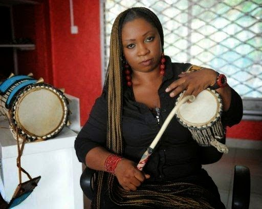 Ara, drummer
