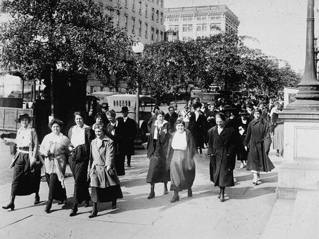 Women from the Department of War took 15-minute walks to breathe in fresh air to ward off the influenza virus during World War I (Getty Images)