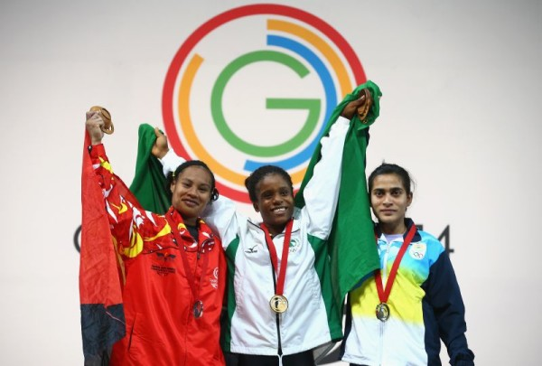 Chika Amalaha pictured in the middle at the 20th Commonwealth Games