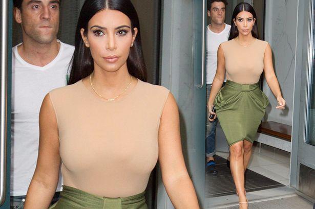 Kim Kardashian steps out of her New York apartment