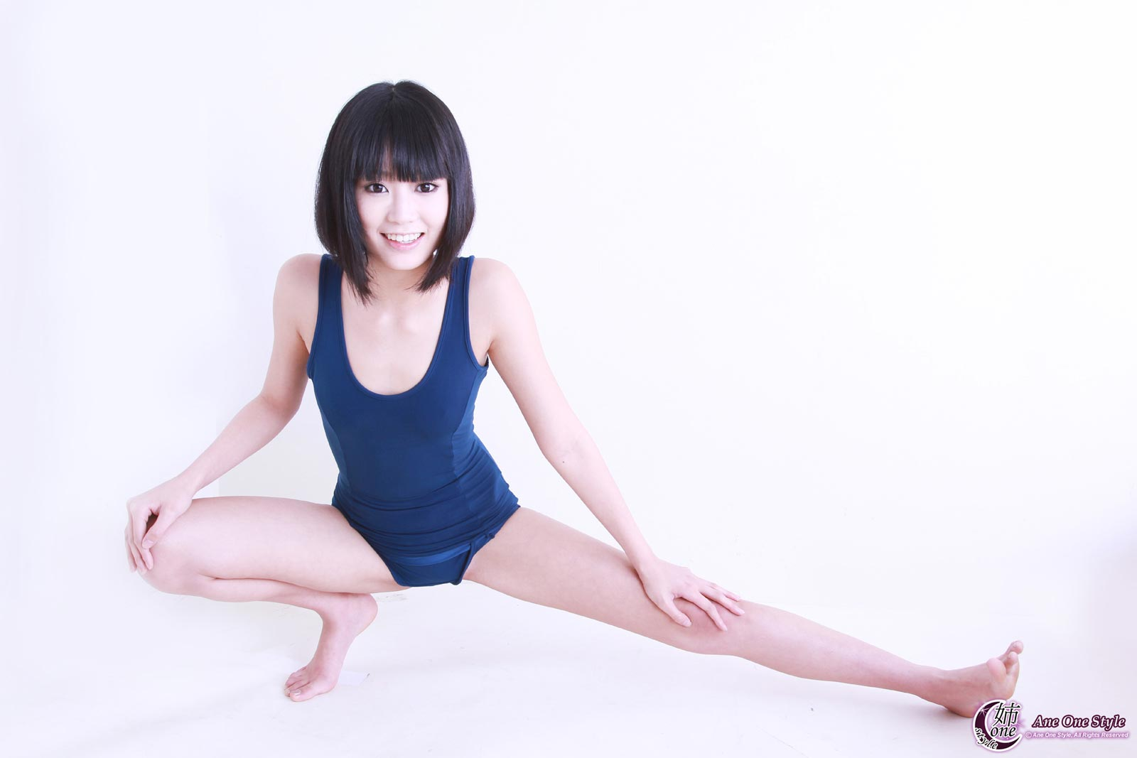 Ewww Japanese Porn Star Receives 100 Bottles Of Sperm -4550