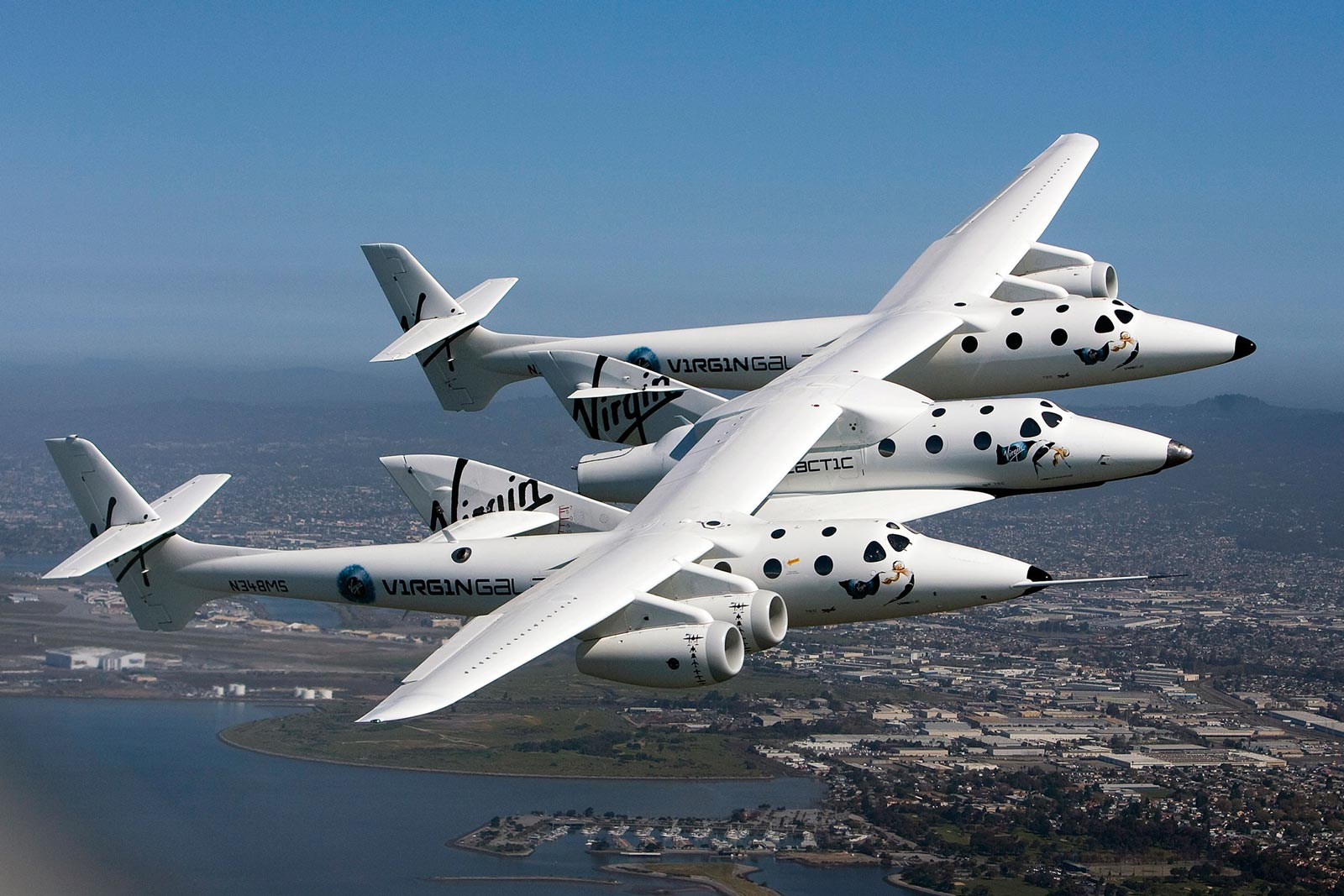 JUST IN: 1 Pilot Dead As Virgin Galactic's SpaceShipTwo ...