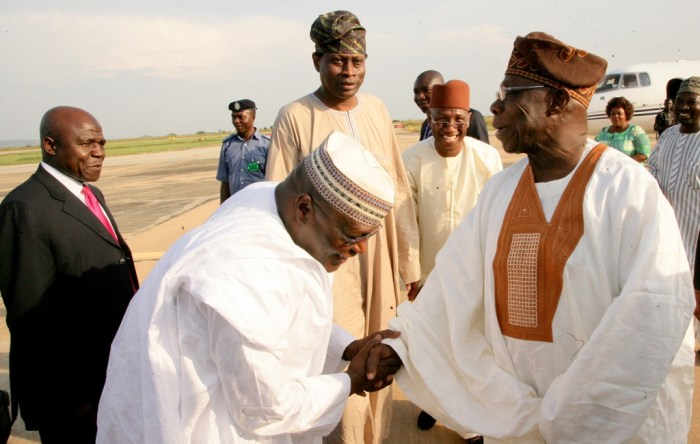 Atiku Abubakar and Olusegun Obasanjo in Minna, Niger State on Tuesday, November 4, 2014 (Photo Credit: The Scoop)