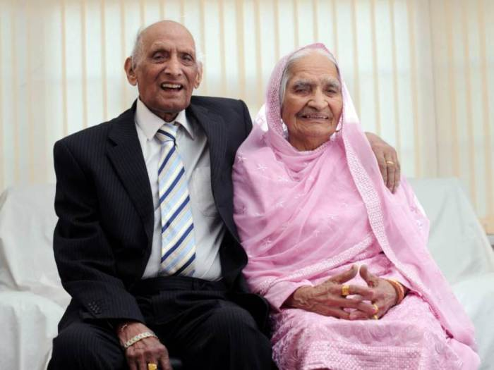 Britains oldest couple Mr Karam Chand aged 109 and Mrs Kartari aged 102, pictured in Bradford on Sunday, November 23, 2014. (Photo Credit: SWNS)