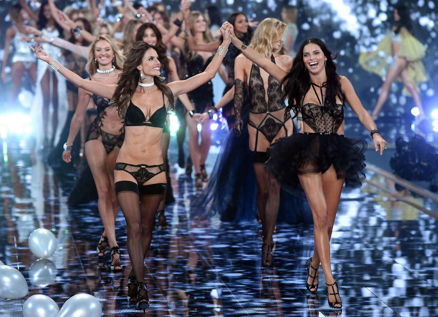Victorias-Secret-Fashion-Show-2014 (4)