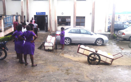 Water supply in front of a clinic in Bayelsa state. (Photo Credit: Sahara Reporters Media)