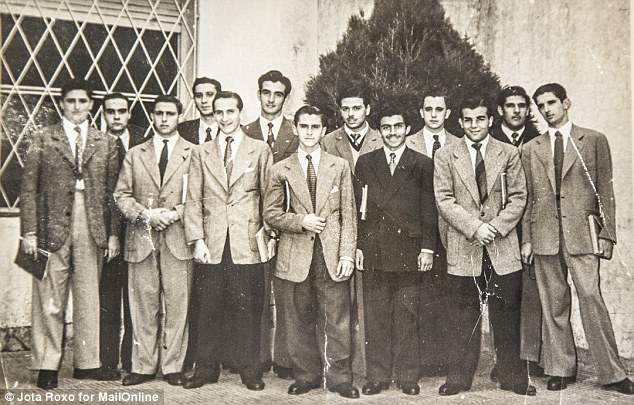 Throwback photo: Oscar Crespo, (fifth from left) and Pope Francis, (fourth from right), in a high school picture together. (Photo Credit: Mail Online)