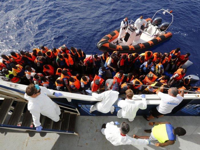 EU, Commision, Migrants