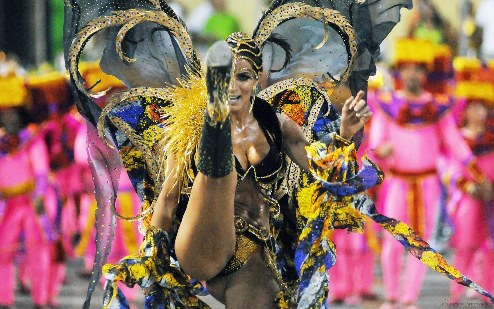 без цензуры фото с карнавалов западная украина