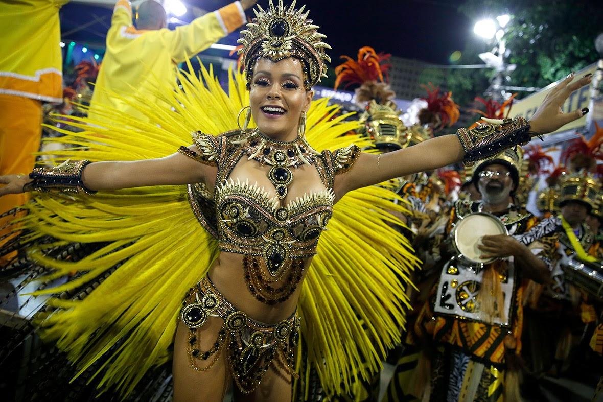 PHOTOS: Meet The Sexiest Brazilian Samba Dancers From Rio Carnival ...