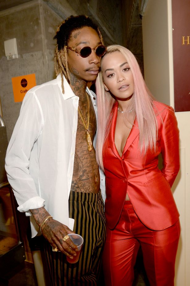 Rapper-Wiz-Khalifa-L-and-actresssinger-Rita-Ora-attend-the-Teen-Choice-Awards-2015