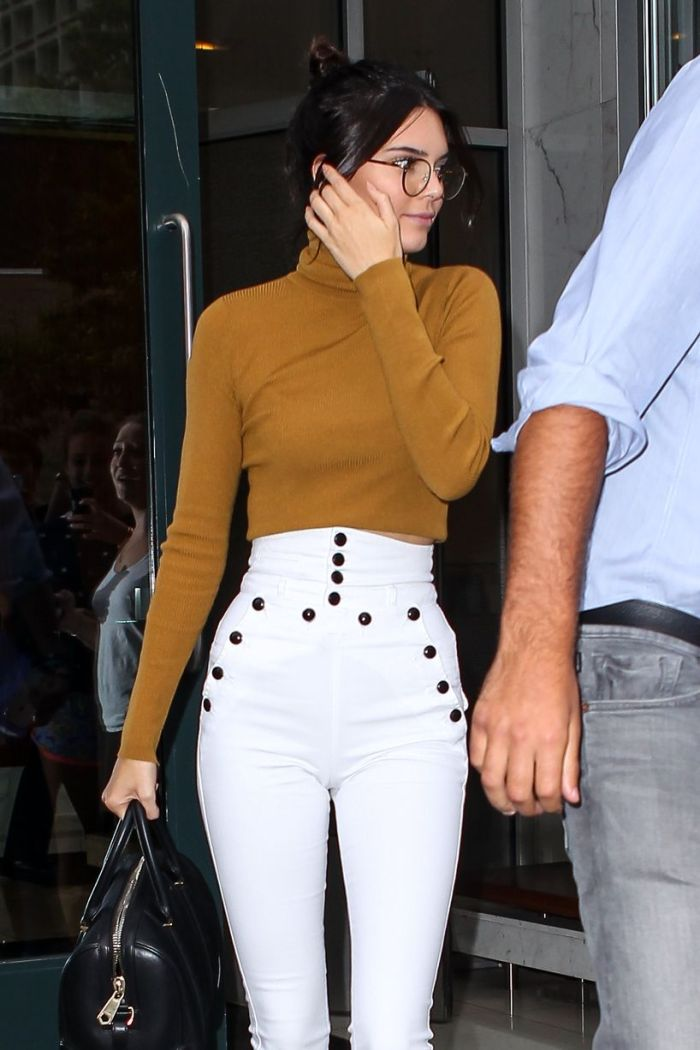Kendall-Jenner-and-Lewis-Hamilton-out-and-about (4)