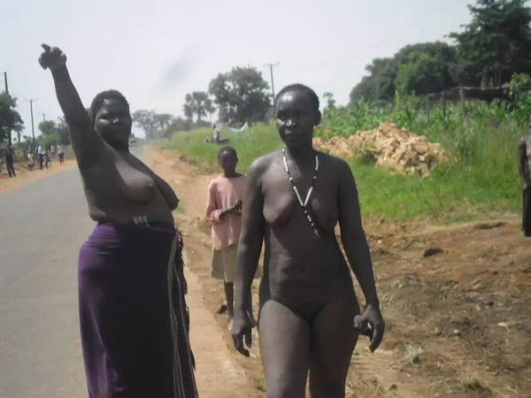women Nude uganda