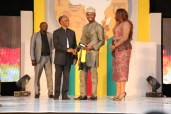 The Future Awards Africa Prize for Young Person of the Year, Philip Obaji Jnr. (Nigeria) Winner presented by Govenor of Kaduna state, El Rufai | RED