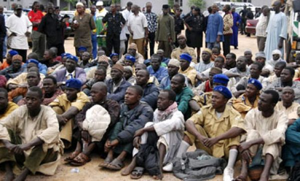Photo shows Boko Haram suspects prior to screening | News Express NGR
